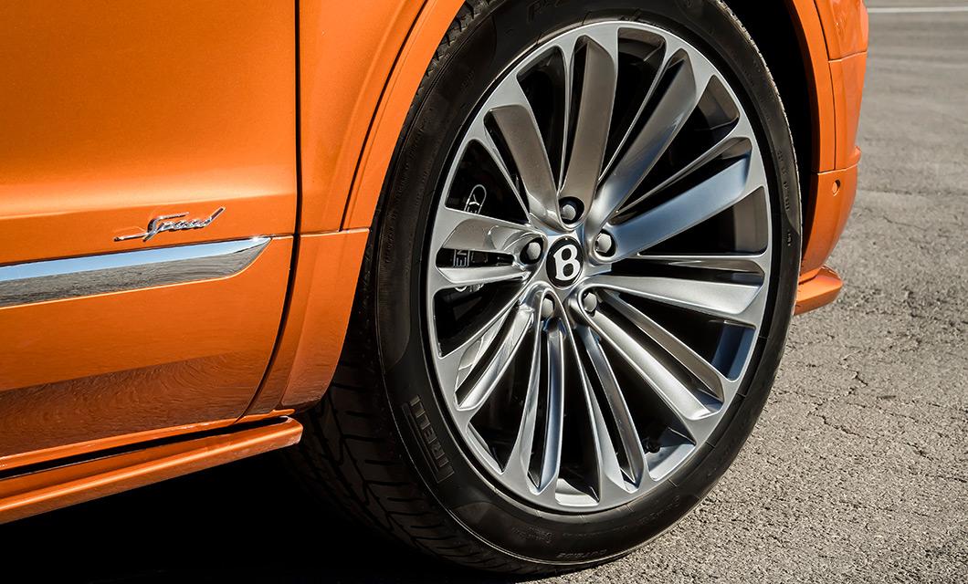 the 22 inch Speed wheel of the new Bentley Bentayga Speed