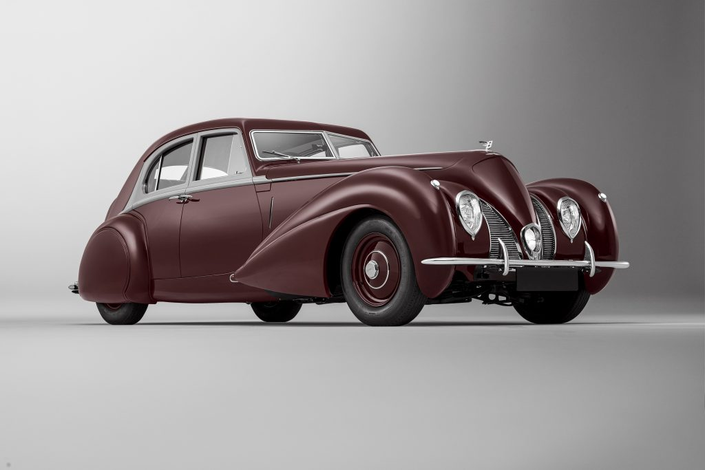 Bentley Re-creates 1939 Corniche
