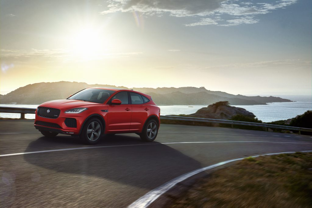 JAGUAR E-PACE: CHEQUERED FLAG SPECIAL EDITION JOINS THE RANGE