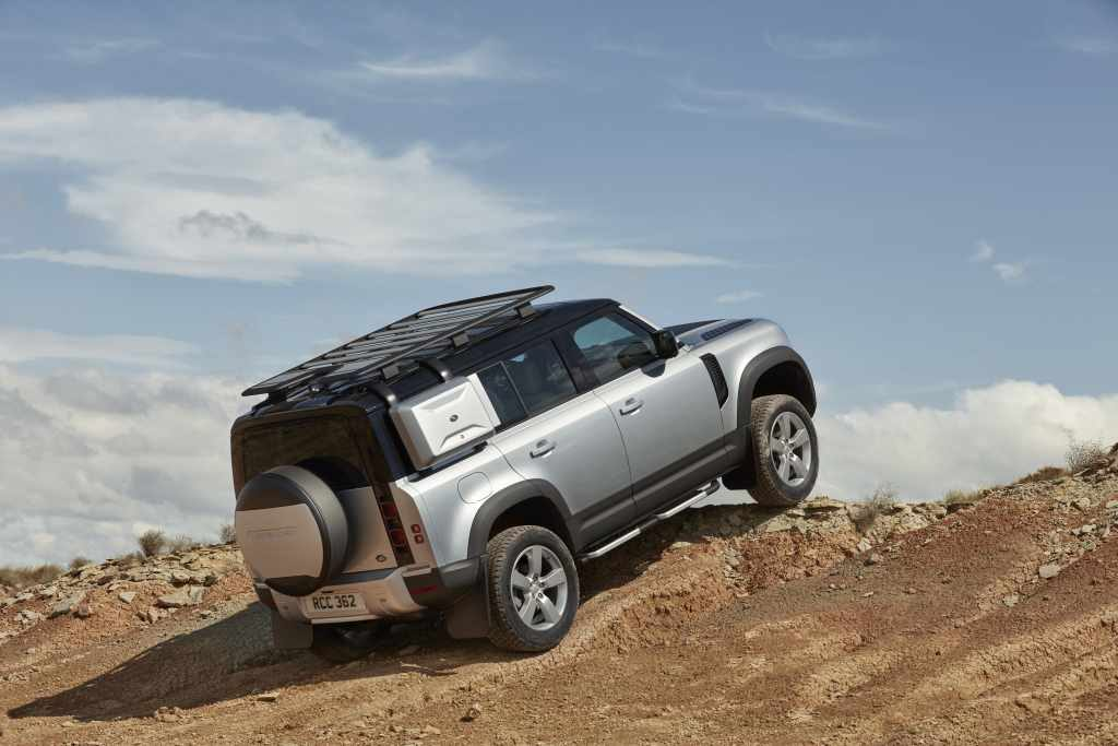 NEW DEFENDER PREVIEW AT RYBROOK LAND ROVER